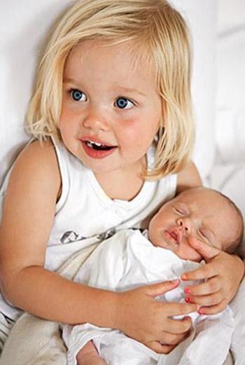 Шило Нувель, дочь Анджелины Джоли и Брэда Питта.