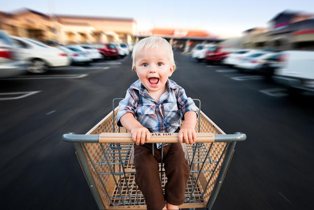 Фото №1 - Тест: Почему малыш закатывает истерики в магазине?