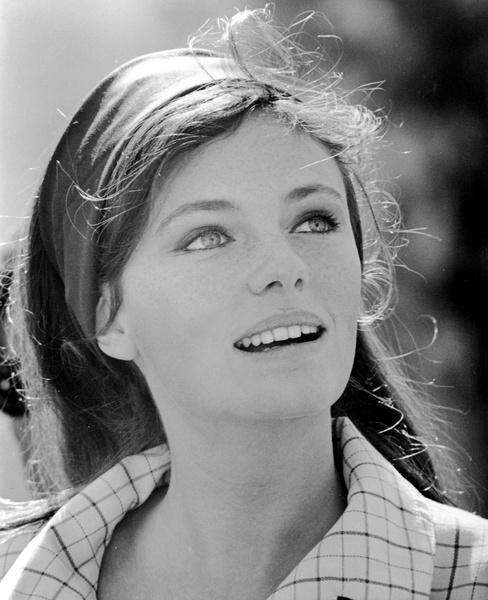 Жаклин Биссет фото 1968 год