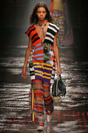Фото №7 - 10 художников, которыми вдохновляются модные бренды