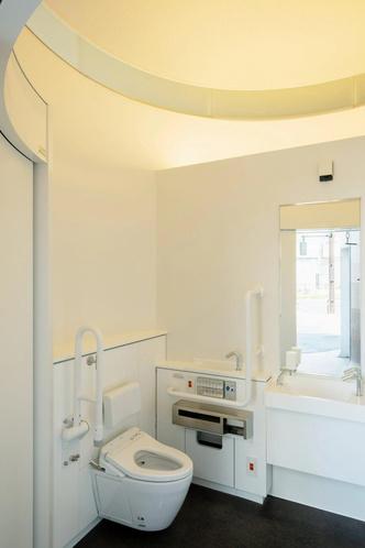 Фото №4 - Общественный туалет по проекту Тойо Ито в Японии