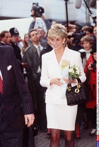 Фото №4 - История одной сумки: Lady Dior и ее связь с леди Ди
