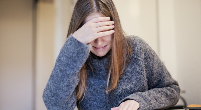 Родители тоже плачут: почему детям полезно видеть наши слезы