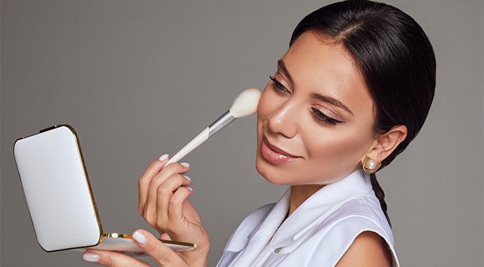 Как правильно делать макияж: полезные советы от визажиста