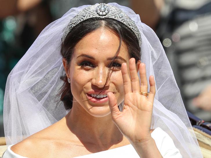 Фото №9 - От макияжа до прически: секреты красоты королевских невест