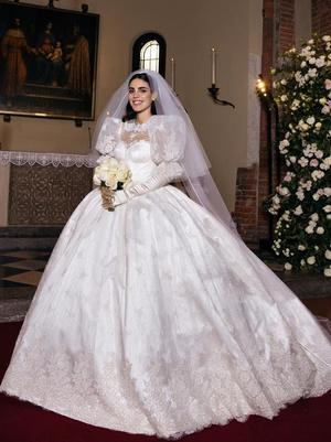 Фото №4 - Самые стильные звездные невесты 2020 года, которые нас впечатлили