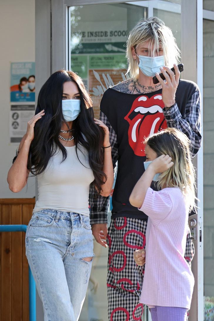 Фото №2 - Новый этап в отношениях: Machine Gun Kelly проводит время с детьми Меган Фокс