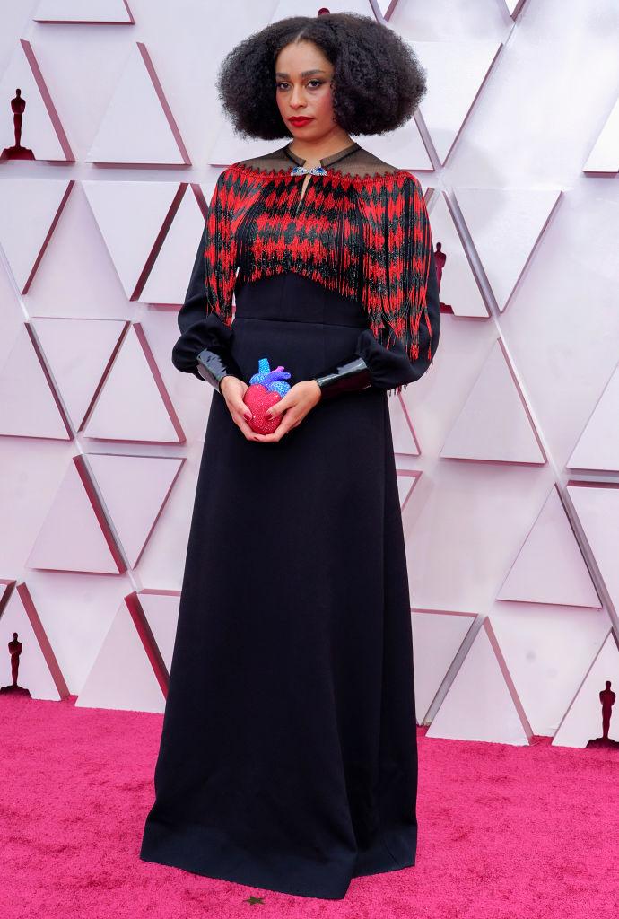 Фото №1 - Сердце в руках: Селеста Уэйт в платье Gucci на красной дорожке «Оскара»