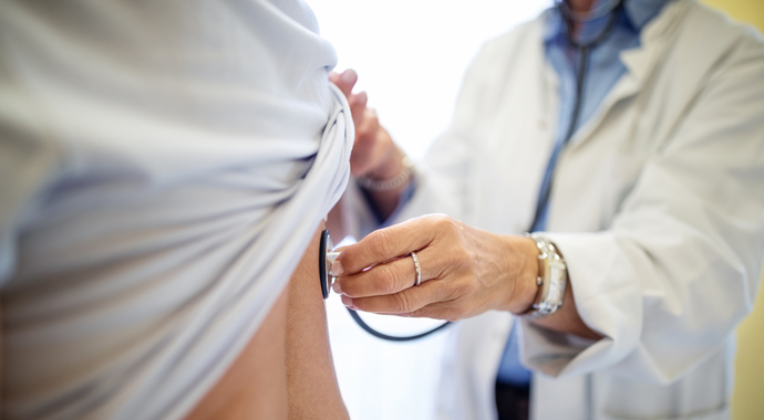 Какого врача выбрать: мужчину или женщину?