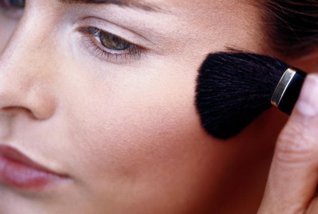 Фото №3 - Как маскировать черные точки: советы визажиста