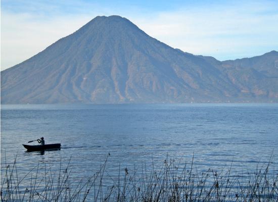 Фото №10 - 10 самых красивых озер в мире