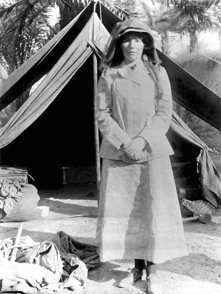 Фото №6 - Индиана Джонс в юбке: история Гертруды Белл, чье разбитое сердце сделало ее «королевой пустыни»