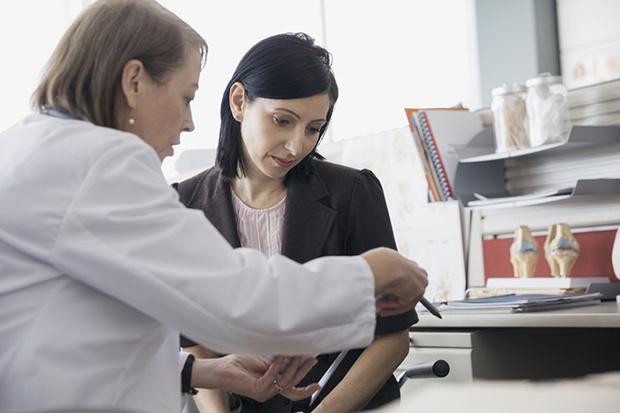 Фото №1 - Согласие на медицинское вмешательство: согласиться нельзя отказаться
