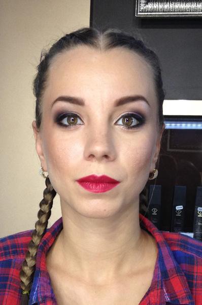 Фото №18 - Ростовчанки с макияжем и без: кто краше?