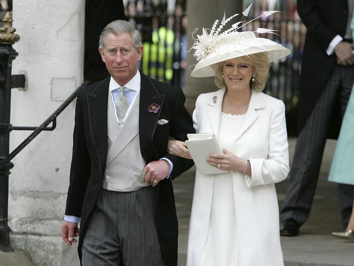 Фото №4 - Почему принц Чарльз запретил дарить свадебные подарки себе и Камилле