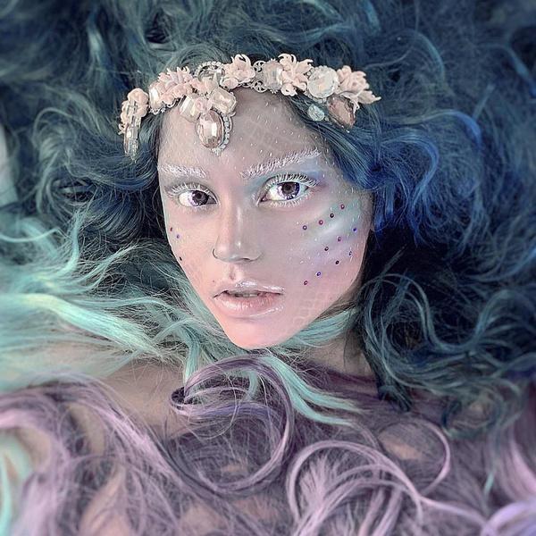 Фото №5 - Красиво до жути! 5 крутых идей для макияжа на Хэллоуин