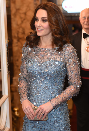 Фото №21 - Гардероб на миллион: самые дорогие наряды герцогини Кейт