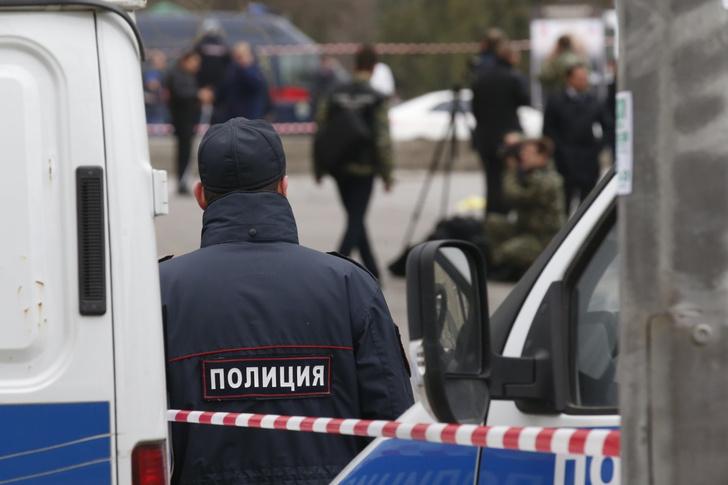 Фото №2 - Школьник в московском Жулебино угрожал учителям ножом и обещал покончить с собой