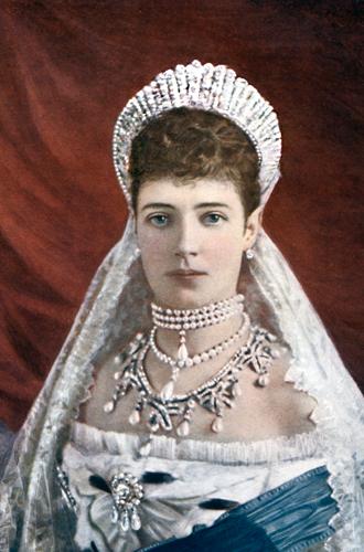 Фото №3 - Любимые ювелиры Романовых: самые роскошные украшения императорской семьи от Дома Болин