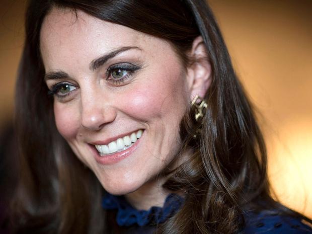 Фото №4 - Главный конфуз за королевскую «карьеру» герцогини Кейт (и его последствия)