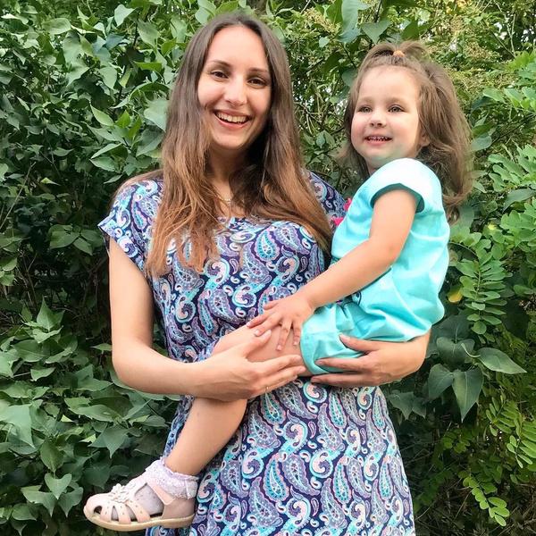 Фото №2 - «Мечусь как крыса в клетке»: россиянка оставила родную дочь бывшему мужу и рожает чужих детей, чтобы разбогатеть