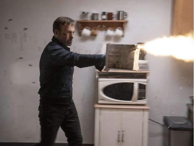 Фото №4 - Что нужно знать о новом фильме «Никто» или почему русские— самые обаятельные гангстеры?