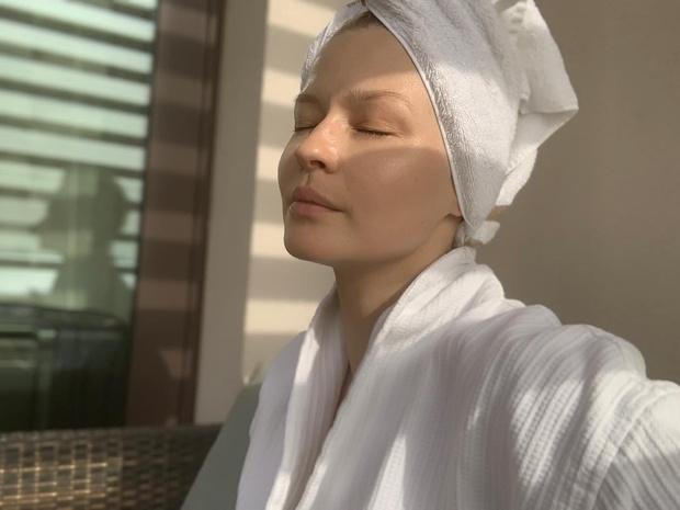 Фото №1 - 34-летняя Юлия Пересильд показала, как выглядит без ретуши и фотошопа