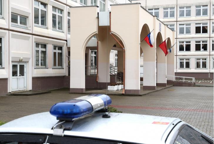 Фото №1 - Школьник в московском Жулебино угрожал учителям ножом и обещал покончить с собой