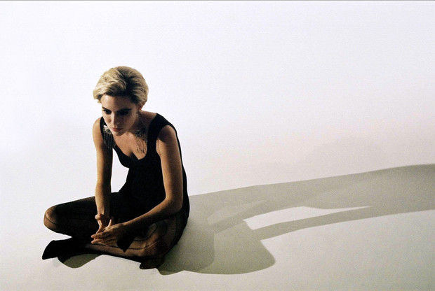Фото №6 - Ухабистый путь Сиенны Миллер: как менялась внешность главной бывшей Джуда Лоу