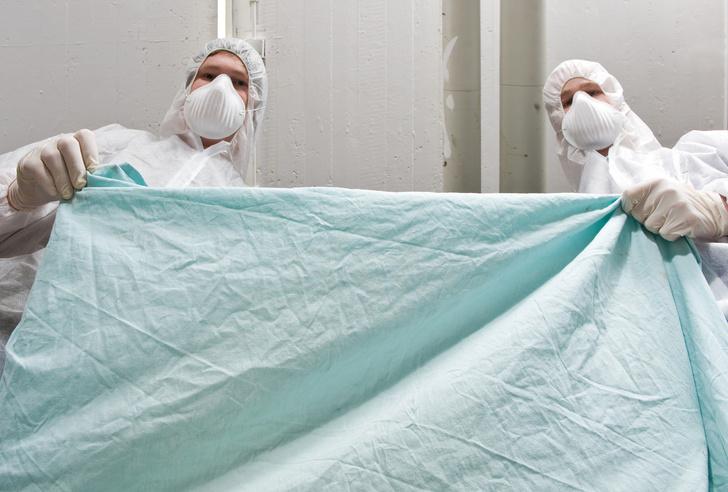 Фото №1 - Патологоанатом Сергей Повзун: «Вакцинируйтесь, у нас и без вас хватает работы»