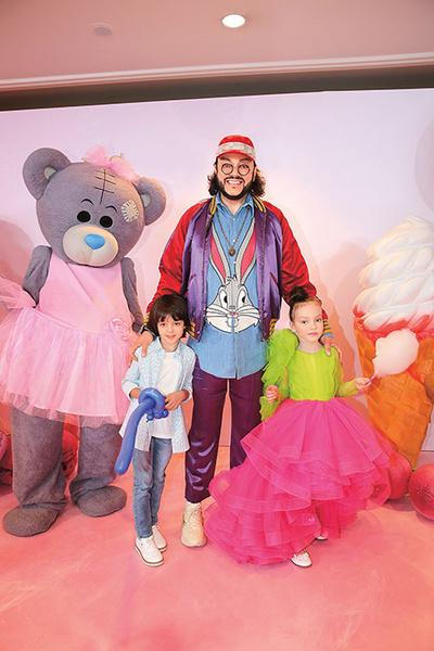 Филипп Киркоров с детьми, фото