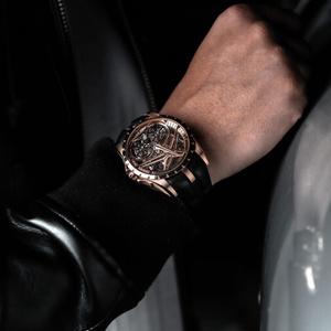 Фото №2 - Добро пожаловать в будущее: новые часы Roger Dubuis с двойным парящим турбийоном