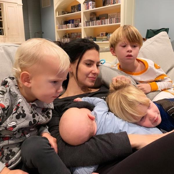 Фото №4 - Когда няня— вторая мама: кто воспитывает детей звезд