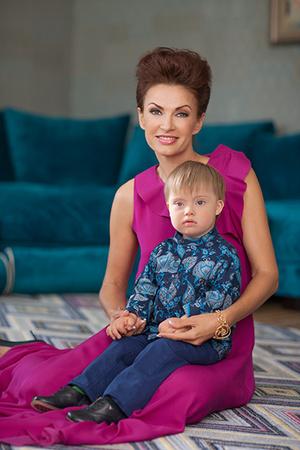 Фото №2 - Эвелина Бледанс: «Нам пишут, что уже не боятся родить такого ребенка»