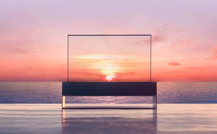 Фото №1 - Новое видение: гибкий телевизор LG Signature