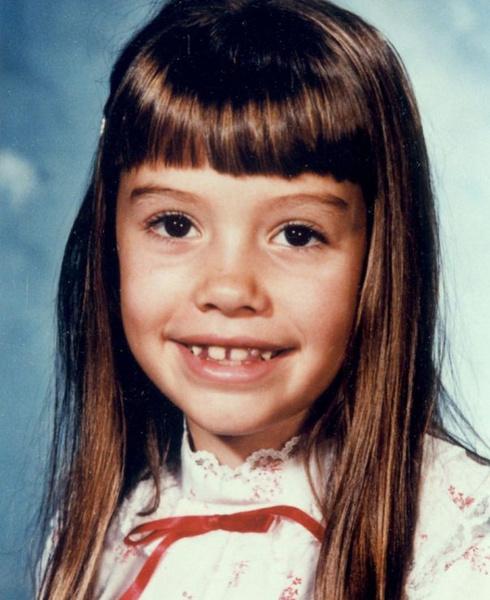 Фото №1 - «Я скоро исчезну»: невероятная история 8-летней Николь Морин, которая пропала в собственном доме