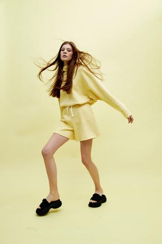 Фото №2 - Конструктор одежды Hooli выпустил весеннюю капсулу
