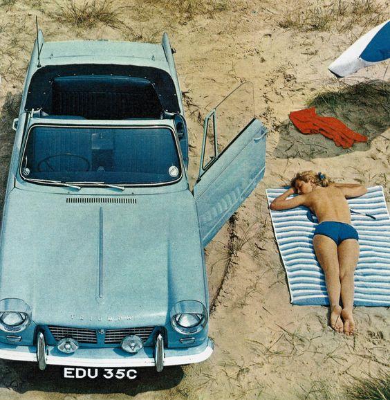 Фото №1 - Великолепная тридцатка: неприлично большая подборка рекламы с красивыми девушками и автомобилями
