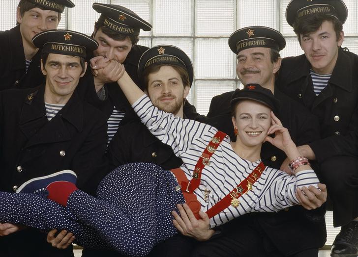 Фото №8 - «Красные звезды перестройки»: популярные советские актрисы в съемке американского фотографа, 1988 год