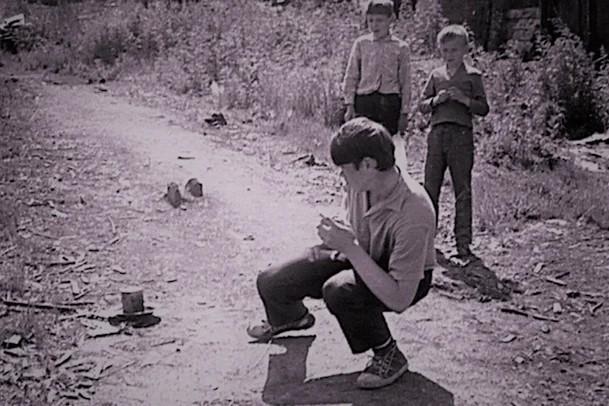 Фото №8 - Топ-10 экстремальных развлечений из советского детства