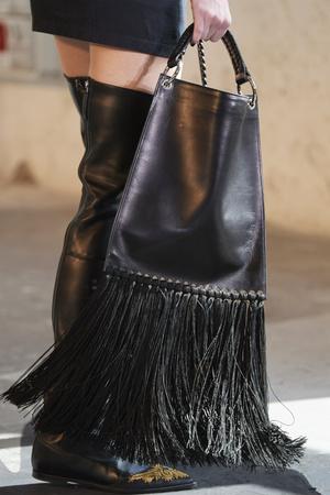 Фото №8 - Самые модные сумки осени и зимы 2021/22