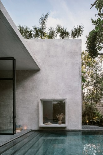 Фото №14 - Бруталистская бетонная вилла в джунглях Тулума
