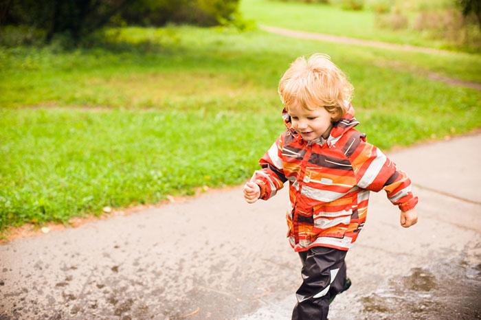 Фото №2 - Собираем ребенка на осеннюю прогулку