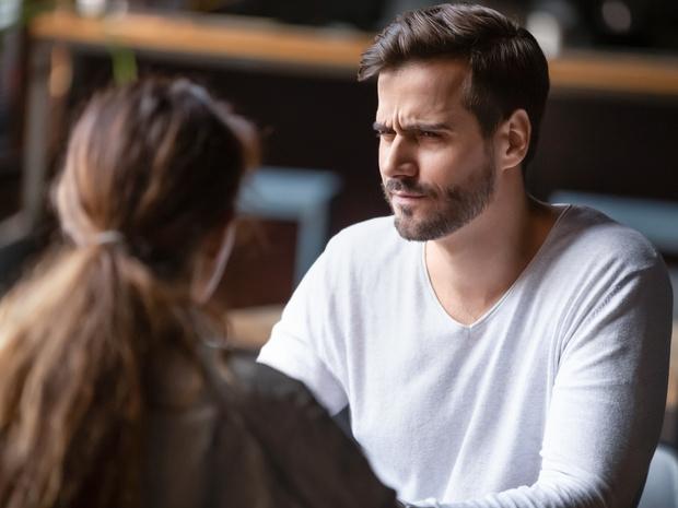 Фото №5 - Как распознать мелочного мужчину: 5 верных признаков