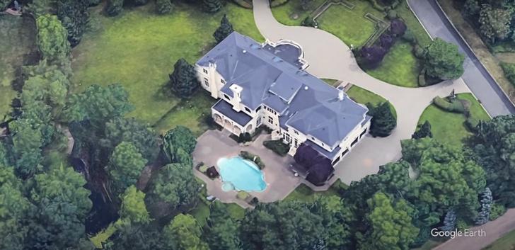 Фото №2 - В Сети обсуждают роскошный особняк Елены Малышевой в США за $6,4 млн