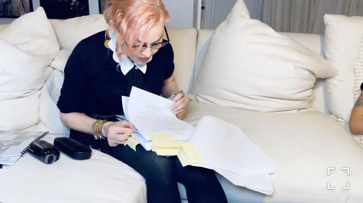 Фото №3 - Мадонна радикально сменила цвет волос. И стала неузнаваема