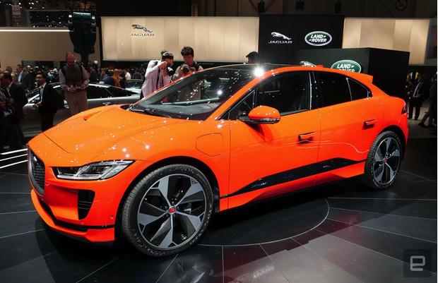 Фото №4 - Jaguar будет лечиться электричеством: знаменитый бренд отказывается от бензина и дизеля
