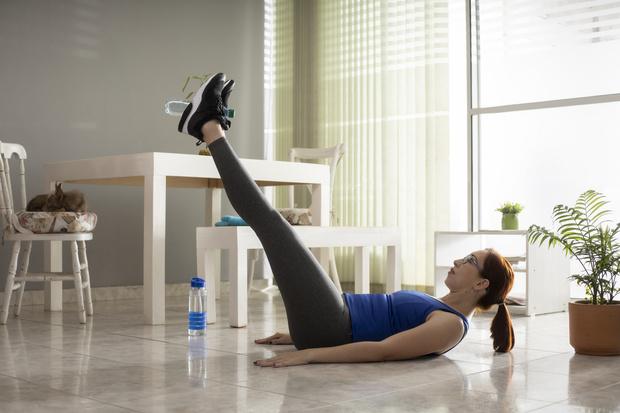 Фото №5 - 10 упражнений, которые помогут сжечь жир на животе за 10 минут в день