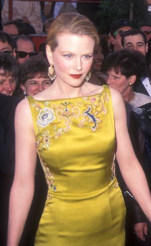 Фото №17 - Выход на миллион: самые дорогие платья звезд в истории красных дорожек