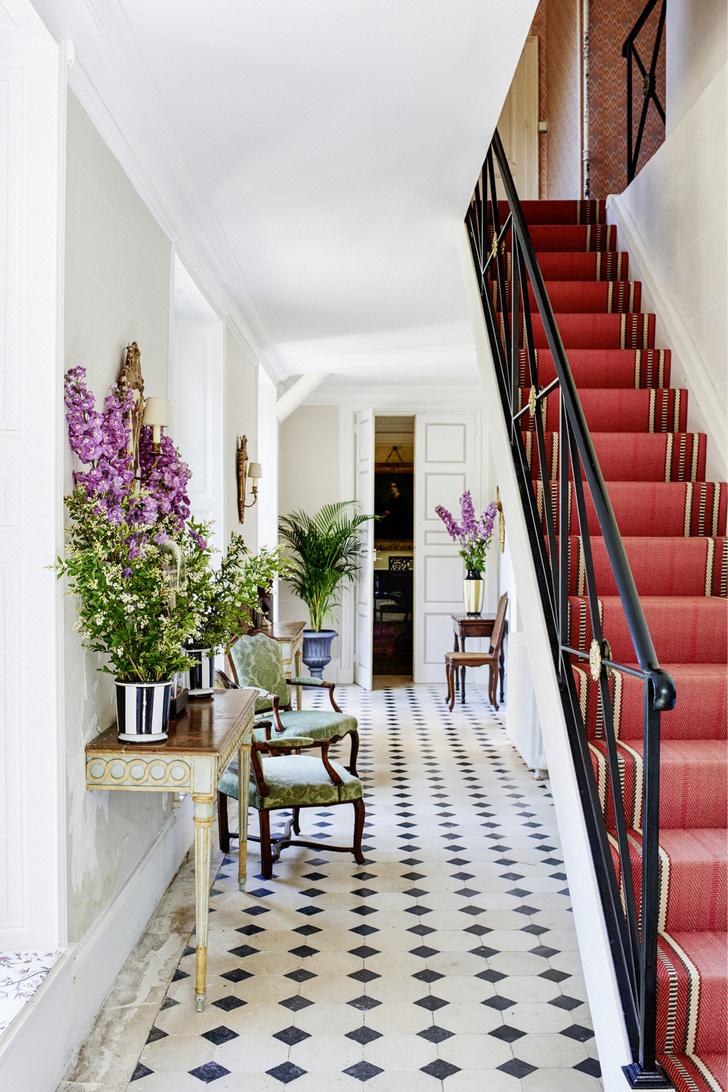 Фото №4 - Вопросы читателей: чем украсить лестницу